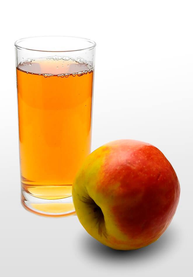 כוס מיץ תפוחים